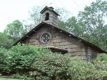 Chapel made of chestnut
