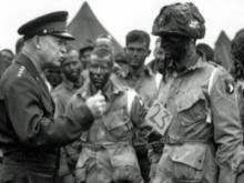 Photo snapped of N.C. men with Eisenhower before D-Day invasion