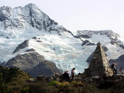 Sir Edmund Hillary trained at Mount Cook, New Zealand's tallest mountain, in preparation for his conquest of Mount Everest. A monument serves as a memorial to the more-than-200 people who died trying to climb Mount Cook.