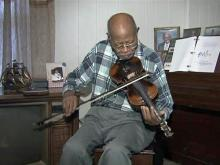 Legendary fiddle player calls Mebane home