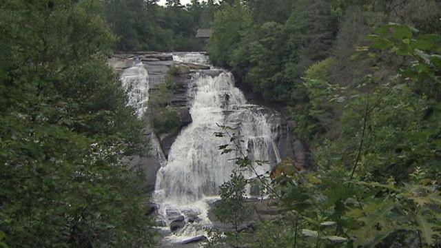 At High Falls on the Little River, 150 feet of cascading water calls out to hikers.