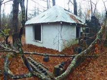 Gravehouse