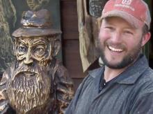'Mountain Mike' aims to set wood carving record