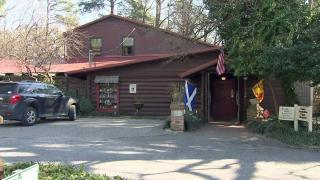 Owner, diners believe ghosts haunt Duplin County's Country Squire...