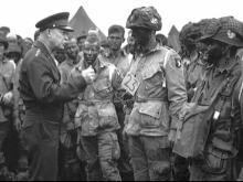 Famous D-Day photo features two North Carolinians