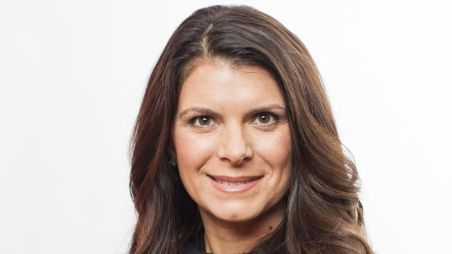Despite having been an elite athlete, Mia Hamm experienced most of the same challenges every busy mother faces when it comes to finding the time and energy to eat right and stay fit.