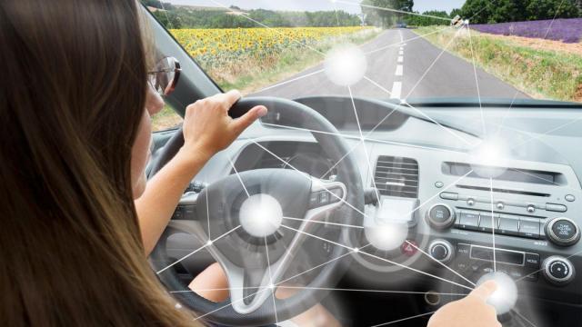 Leith : Spotlight : Car Connectivity