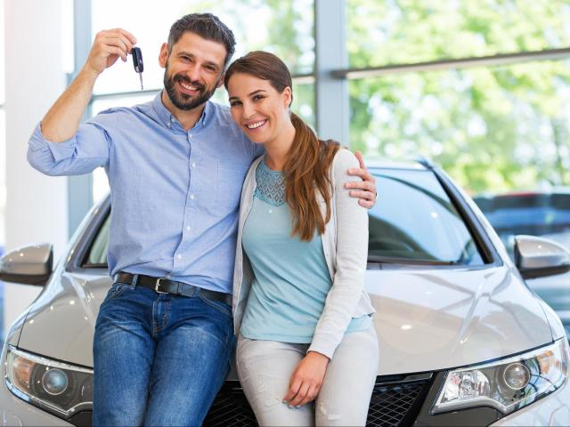 While both buying and leasing can be wise financial decisions, the benefits and drawbacks will impact everyone differently, making one a better overall decision than the other depending on the shopper.