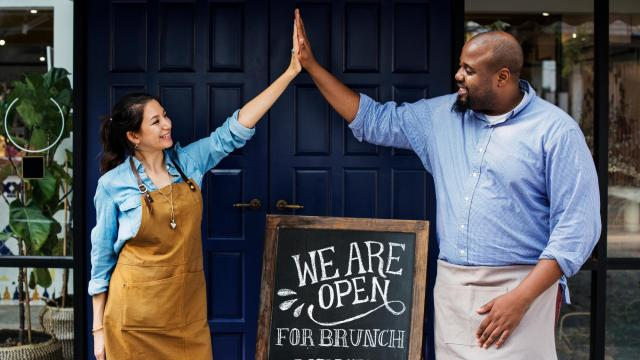 Small businesses have helped the growing economy across North Carolina thrive. (Photo Courtesy of Rawpxelcom/Bigstock)