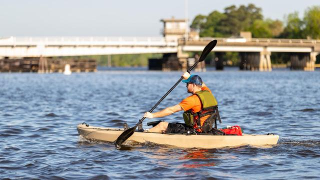 Locals and visitors enjoy the many activities along the Pamlico, Tar and Pungo rivers in Washington, N.C. (Photo Courtesy of the Washington Tourism Development Authority)