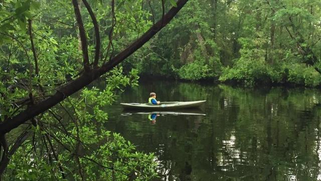 Sound Rivers has implemented a new program called the Tar-Pamlico Water Trail, where locals and visitors can kayak and paddle down the rivers. (Photo Courtesy of Washington Tourism Development Authority)