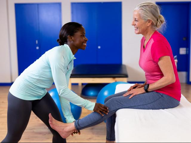 Treating joint pain is one part of recovery, but without addressing factors that may have caused the pain, treatment may fall flat or only yield temporary results. The Kineti-Flex program was developed by Flexogenix as a way to individualize treatment, thereby increasing the longevity of relief. (Wavebreak Media Ltd/Big Stock Photo)