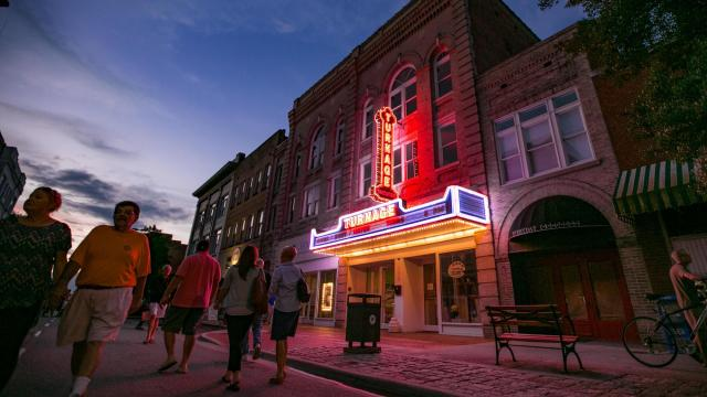 After the pandemic forced businesses to close, Arts of the Pamlico quickly pivoted scheduled events for the Historic Turnage Theatre and other programming in order to keep offering arts and cultural opportunities to Washington residents. (Photo Courtesy of Washington Tourism Development Authority)