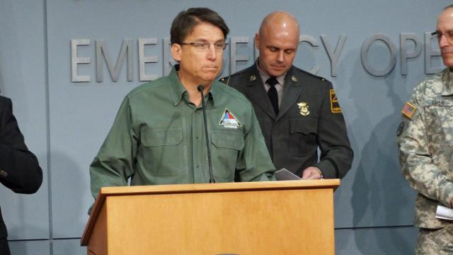 McCrory, officials update winter weather plan