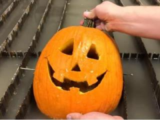 When it comes to fall activities, you either love carving pumpkins, or you hate it — probably because of the goopy mess it produces. (Deseret Photo)