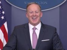 Spicer holds daily White House press briefing