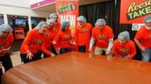 IMAGE: Reese's Just Set A New Guinness World Record With A Massive 6,000-pound Candy Bar
