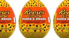 IMAGE: Reese's Is Debuting A Chocolate Egg Filled With Reese's Pieces This Easter