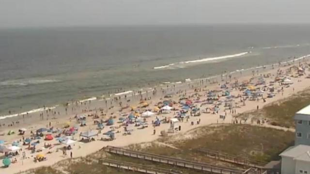 On cam: Carolina Beach packed with visitors on Memorial Day weekend