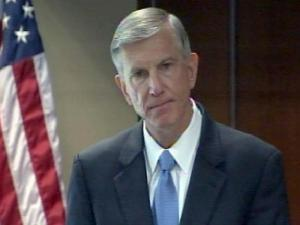 Thomas Ross addresses the UNC Board of Governors on Aug. 26, 2010, after being named the 17th president of the university system.