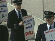 Picketing pilots at RDU.