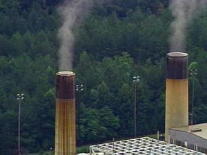 Nitrogen oxide from coal-fired power plants account for about half of ozone-forming emissions, according to state officials.(WRAL-TV5 News)