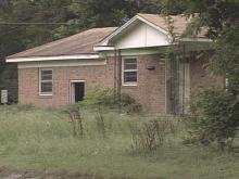 Abandoned homes still dot much of the landscape Down East. People are still waiting on FEMA to buy their flood-damaged homes.(WRAL-TV5 News)