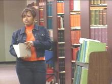 Two years ago, Anise Hayes lost her mother, but she was determined to go to college.Things turned around for her two weeks ago when she received a $1,500 scholarship from the Tom Joyner Foundation.(EWRAL-TV5 News)
