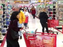 Shoppers crowded into this Cary store Friday, rushing their Christmas plans to completion.(WRAL-TV5 News)