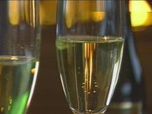 Know How To Choose The Best Bubbly For New Year's Eve