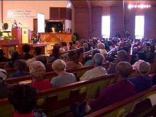 Rocky Mount residents gathered for a town hall meeting Saturday. They discussed the increasing heating costs.(WRAL-TV5 News)