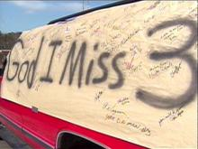 A Fayetteville fan's memorial has become a public sympathy card.(WRAL-TV5 News)