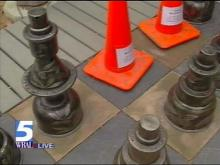 Giant Chess Pieces Become Pawns for Thieves