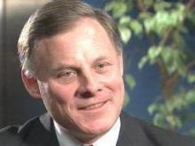 Burr backs bailout plan