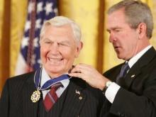President George W. Bush awards Andy Griffith the Presidential Medal of Freedom, the highest civilian award in the U.S., in November 2005.