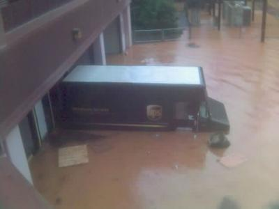 <I>Image from Rod Henderson</I> <BR /><BR />Regency Park Cary- UPS truck submerged