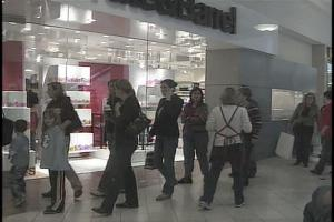 Post-Christmas Sales Draw Crowds