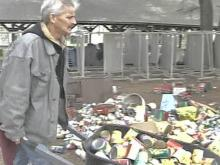 Rescue Mission Tries to Salvage Food After Fire