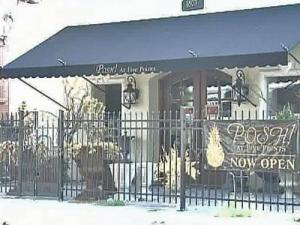 The FBI is asking lots of questions about the Posh Antique store in Raleigh's Five Points  neighborhood. Federal agents suspect it was a front for an investment pyramid scheme.