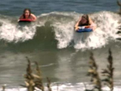 Tide of Tourists Brings Business to Outer Banks