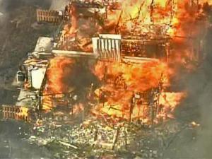 Independent fire safety experts reviewed aerial footage and the results of the Raleigh Fire Department's probe into the Feb. 22, 2007, fire. That blaze ripped through the Pine Knolls Townes townhouse complex in north Raleigh, destroying or damaging 38 units.