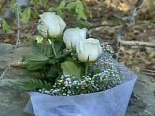 3 Roses Memorialize 3 Teens, Best Friends