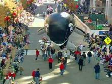 2007 Raleigh Christmas Parade - Part 4