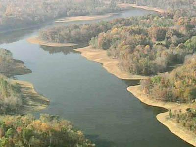 Sky 5 flyover of Lake Michie, Nov. 20, 2007
