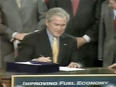 President Bush signed a comprehensive energy bill Wednesday.
