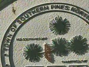 Southern Pines town seal