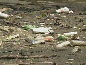 River trash generic