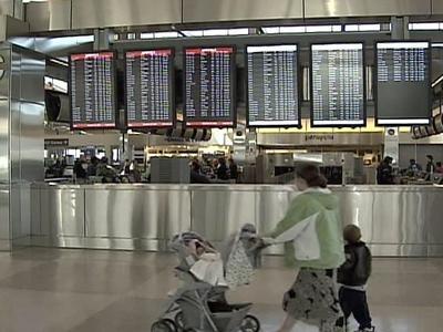 Busy travel season begins at RDU