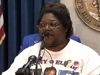 Effie Steele's 21-year-old daughter, Ebony Robinson, was expected to give birth within weeks to her son, Elijah, when she was shot and killed by her boyfriend in 2007.