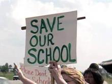 Deaf students don't want Wilson school closed